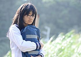 高岡早紀、問題作「モンスター」主演で2時間特殊メイク バケモノから壮絶美女に : 映画ニュース