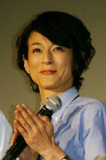 ナチュラル髪型の鈴木保奈美