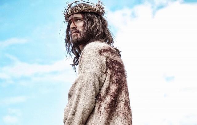 「イケメンすぎる」イエス・キリストと話題の「サン・オブ・ゴッド」、1月10日公開決定 : 映画ニ
