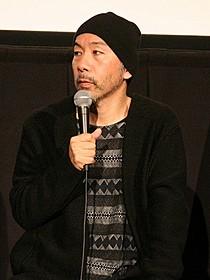 ティーチインに臨んだ塚本晋也監督「野火」