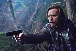 ユアン・マクレガー演じる主人公の変化も見どころ「われらが背きし者」
