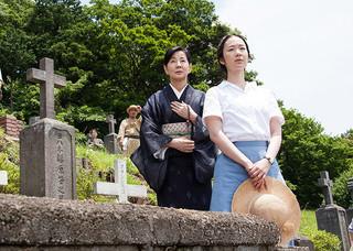 日本からのエントリーは「母と暮らせば」