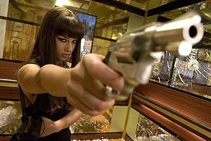 スモーキン・エース 暗殺者がいっぱいの映画評論・批評
