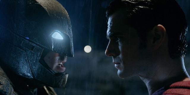 バットマン vs スーパーマン ジャスティスの誕生の映画評論・批評