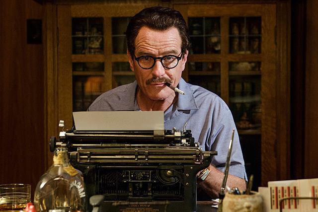 トランボ ハリウッドに最も嫌われた男の映画評論・批評